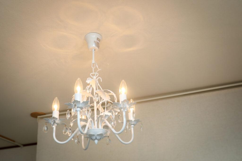 エステサロン室内の灯り